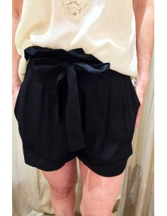 Teoh&Lea black short